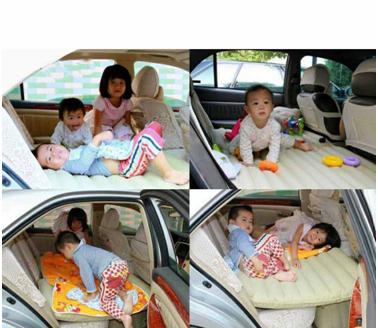 Ba đứa trẻ vẫn có thể nô đùa trên bề mặt rộng rãi của nệm hơi ô tô