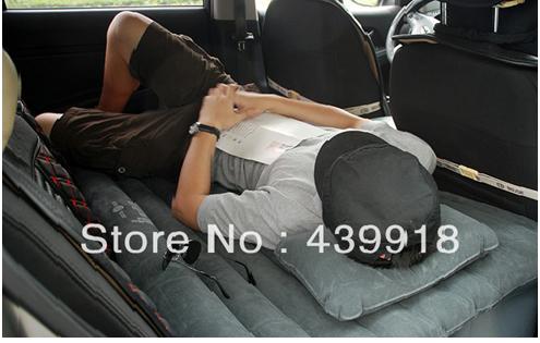 Nệm hơi ô tô khiến bạn nằm nghỉ thẳng lưng và rất êm ái